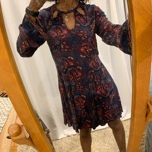 EUC AEO Dark Paisley Print Dress🌟